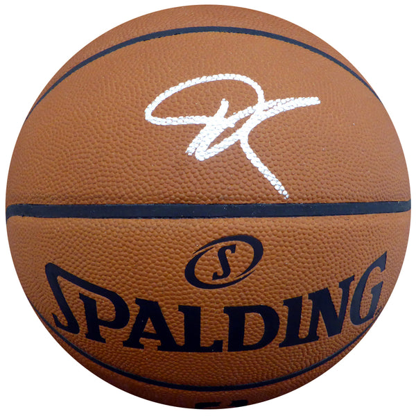 Giannis Antetokounmpo Milwaukee Bucks Signed Spalding FULL size Basketball with Beckett USA Aucthentication