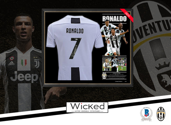 Cristiano RONALDO Juventus SHIRT JERSEY SIGNED & FRAMED - Beckett USA Authentication