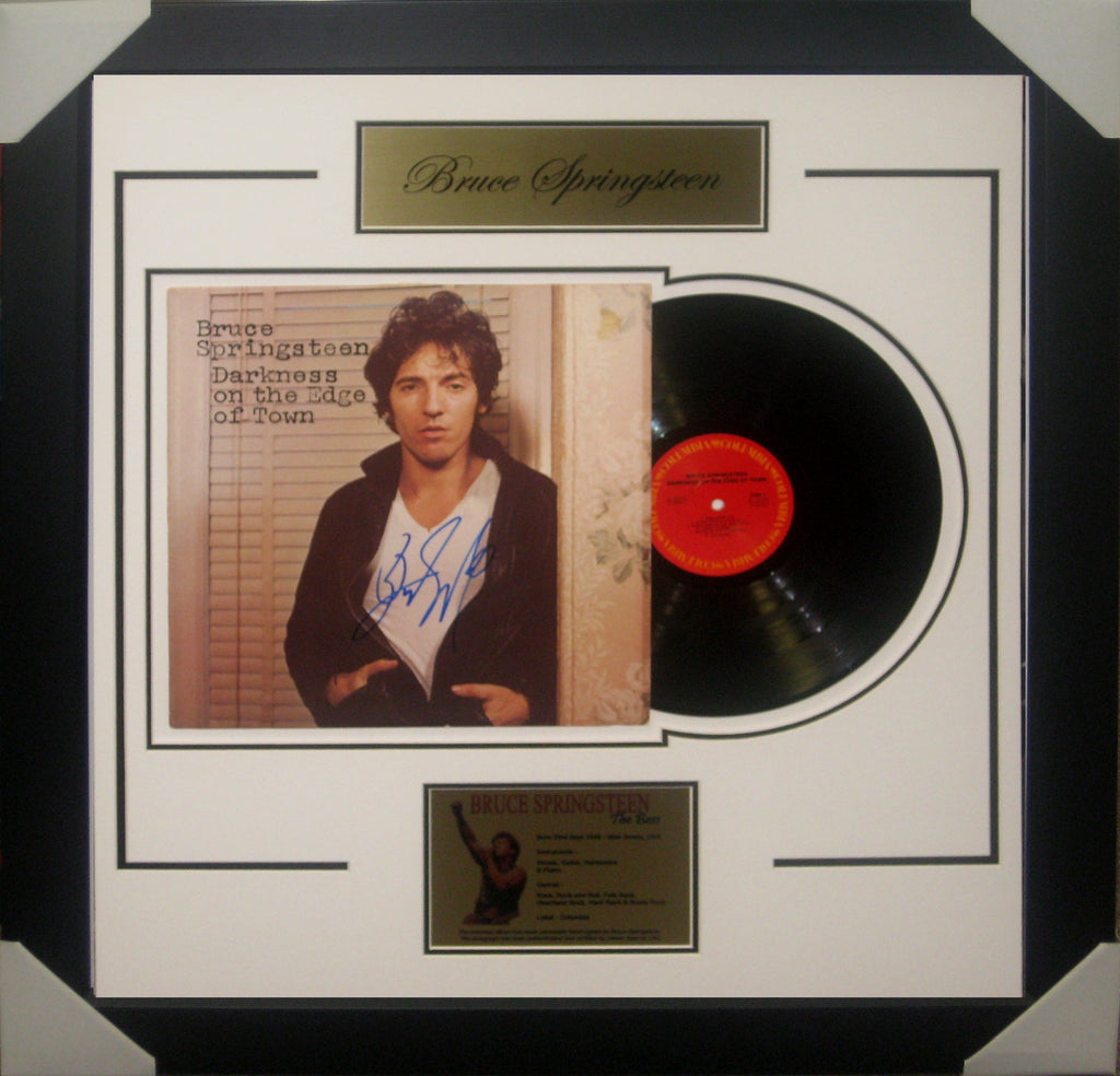BRUCE SPRINGSTEEN - SIGNED & FRAMED DARKNESS ON THE EDGE OF TOWN VINYL JSA SPENCE AUTHENTICATED