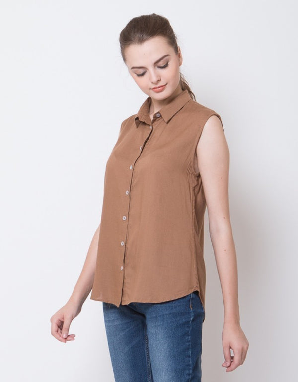 SLEEVELESS BLOUSE - BROWN