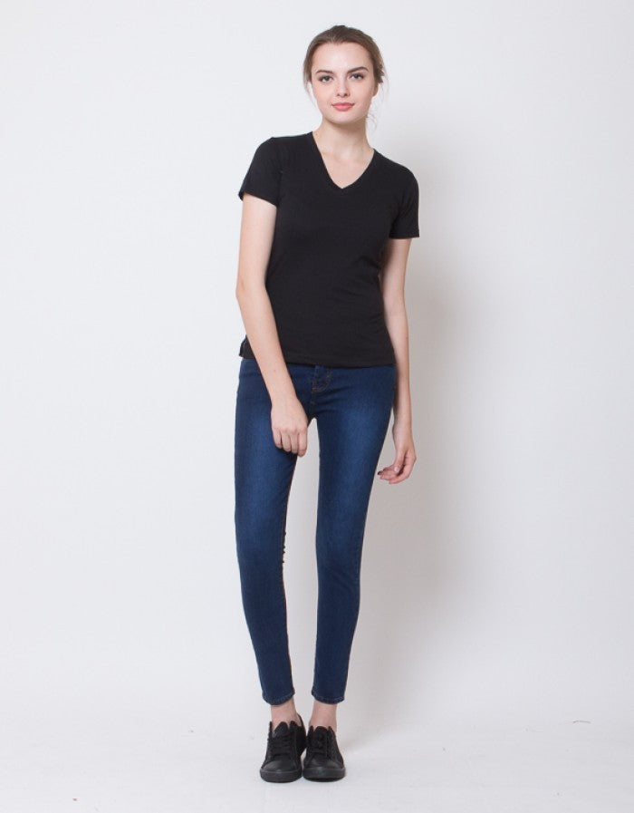 WOMEN BASIC V NECK TEES - BLACK