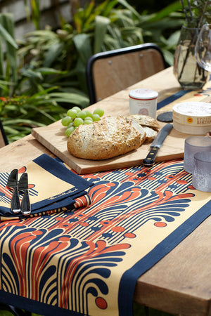 French Fountain Table Runner and 6 Napkins - Saffron and Navy