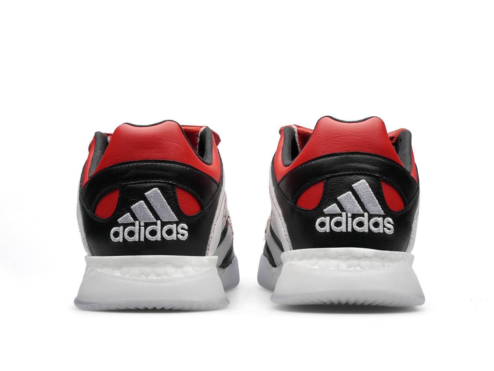 b6cd1acd4f12 The construction of the Adidas Predator Accelerator Trainer is then  finished with a BOOST inspired sole.