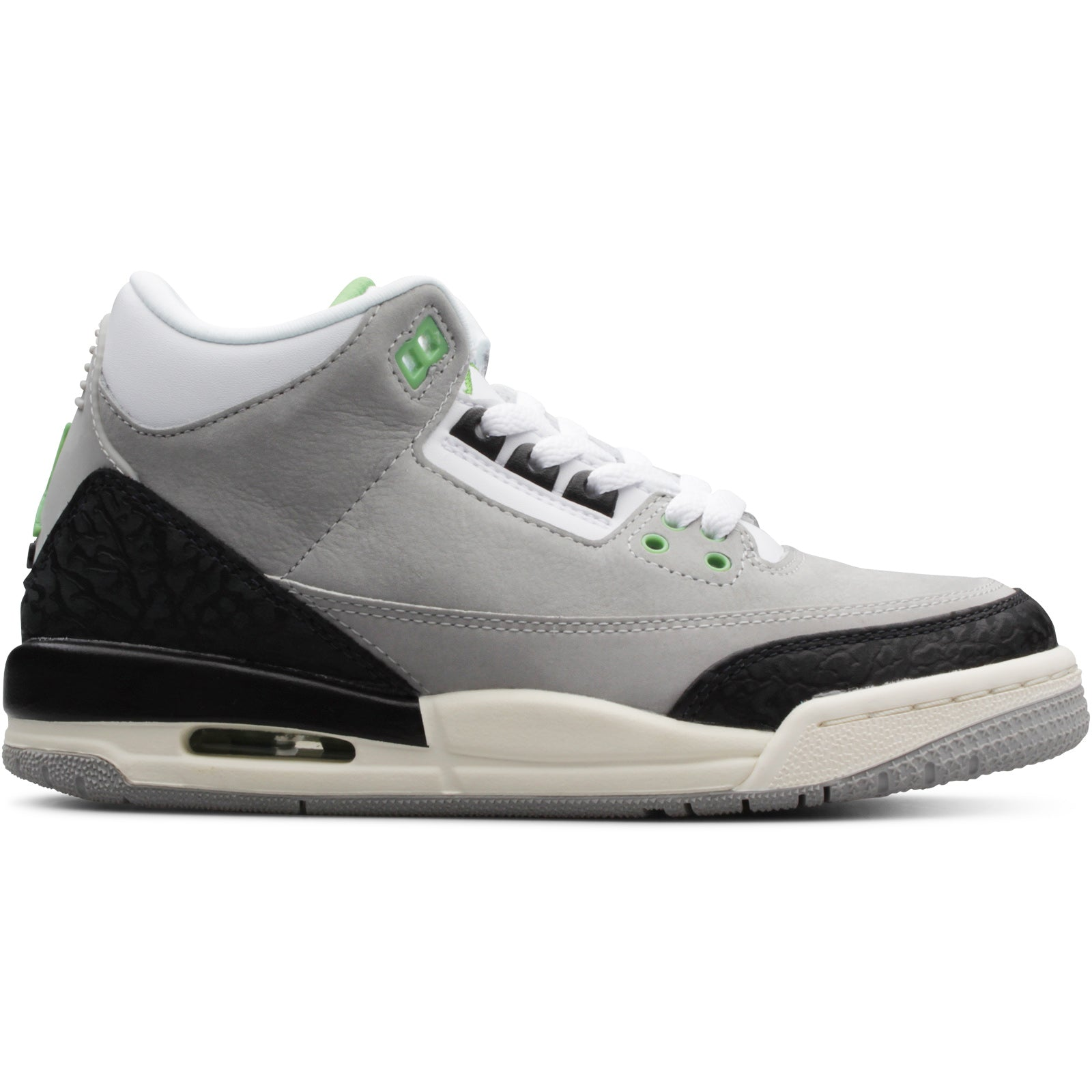 9d3f51e033590 11/10/2018: Air Jordan 3 Retro (GS) – Bodega