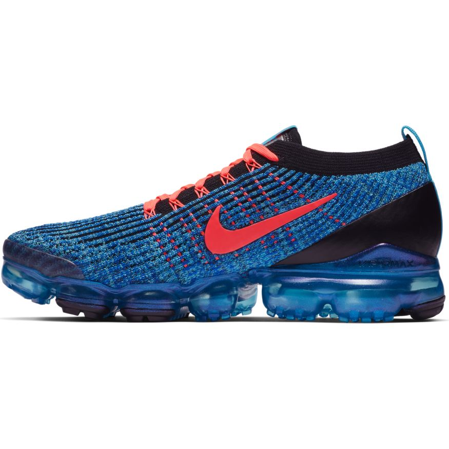 low priced d96ed 436fc The upper features flowing, 2-tone lines of breathable, stretchable Flyknit  construction for unique, street-ready style. Revolutionary VaporMax Air ...