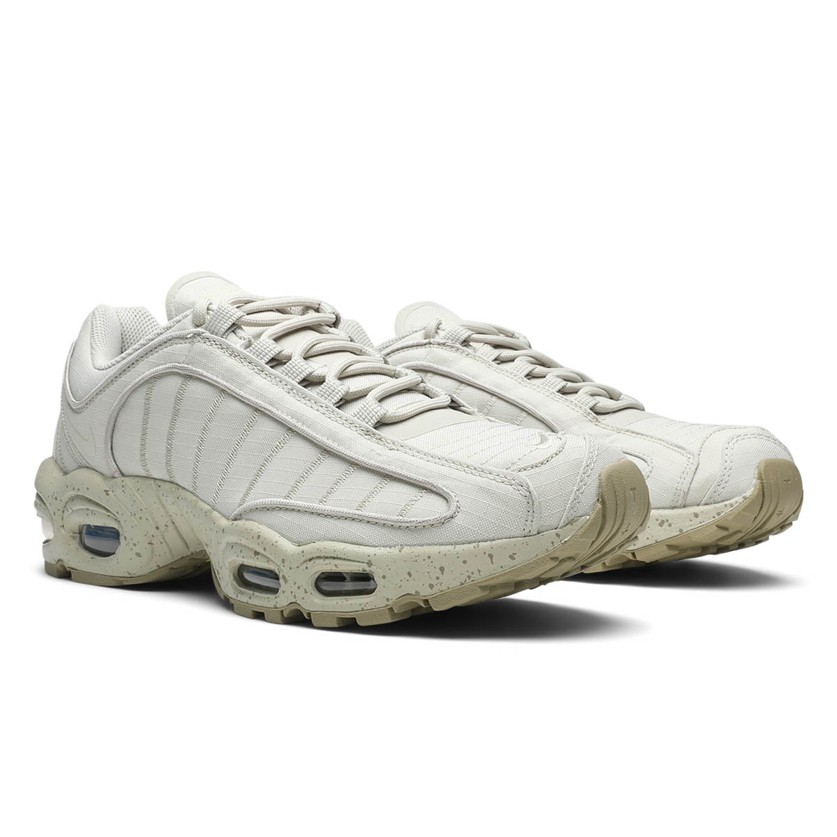 6bf332156be94a Hints of Nike's volt yellow at the heel and sole finish things off with a  modern touch. Nike Air Max Tailwind IV SP QS