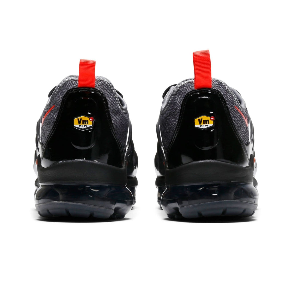 Nike AIR VAPORMAX PLUS 924453-012