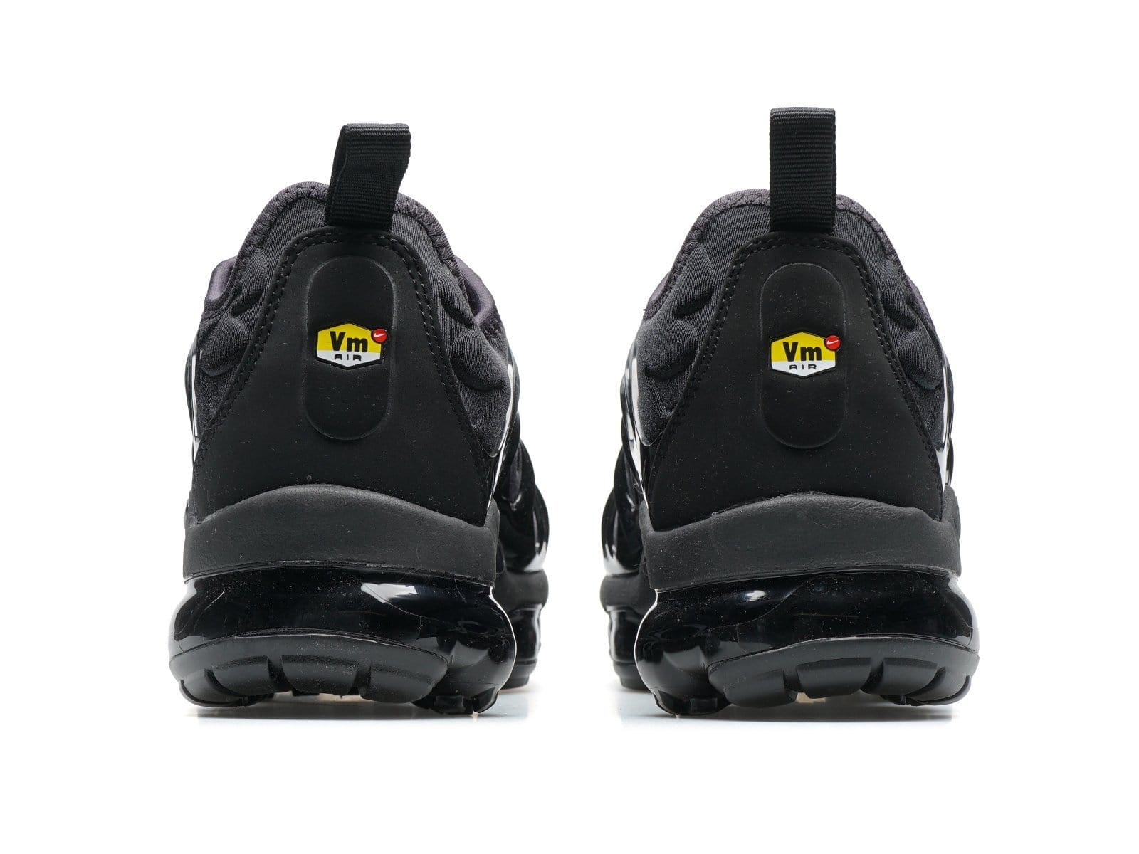 b24aa31f88 AIR VAPORMAX PLUS 924453 004 – Bodega