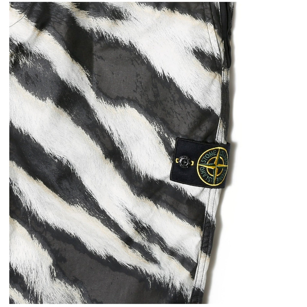 Stone Island PANTS 6915316E1 Black/White