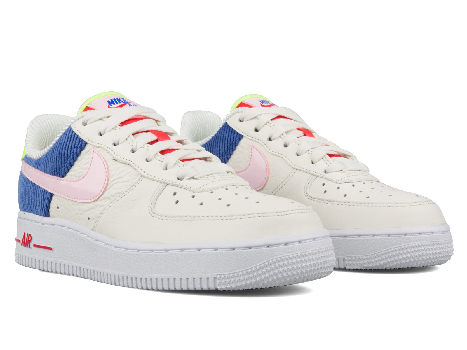 best sneakers 15e68 48f99 Nike Women s Air Force 1 Low AQ4139 101