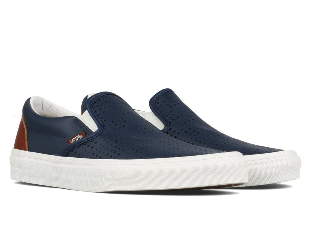 Vans Shoes UA CLASSIC SLIP-ON