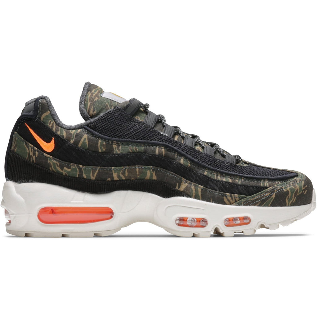 x Carhartt W.I.P AIR MAX 95 (BLACK TOTAL ORANGE-SAIL) AV3866 421aadc61