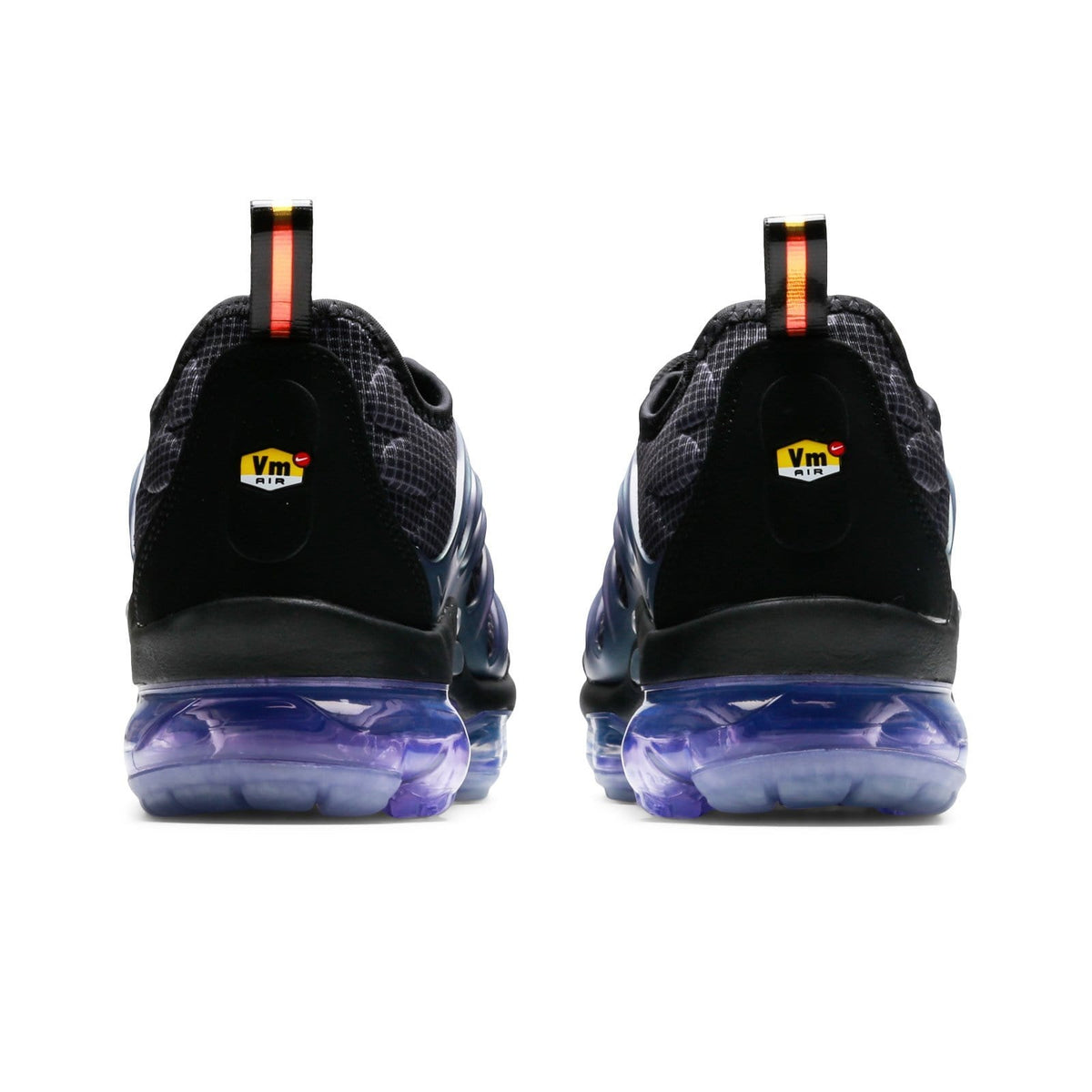 nike vapormax black with clear bottom
