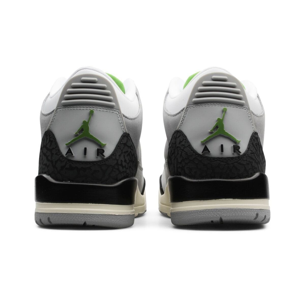 53e13d054444ee Jordan Brand AIR JORDAN 3 RETRO (Light Smoke Grey Chlorophyll-Black-White