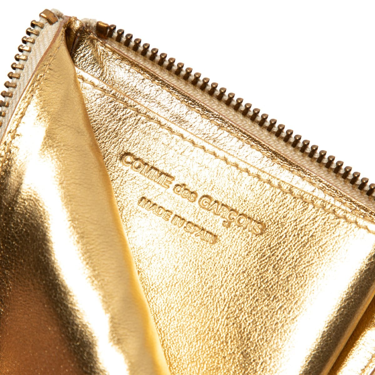 Comme Des Garçons Wallet Bags & Accessories GOLD / O/S EMBOSSED LOGOTYPE