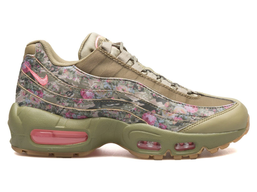f89b12359a372f Women s Air Max 95 AQ6385 200 – Bodega