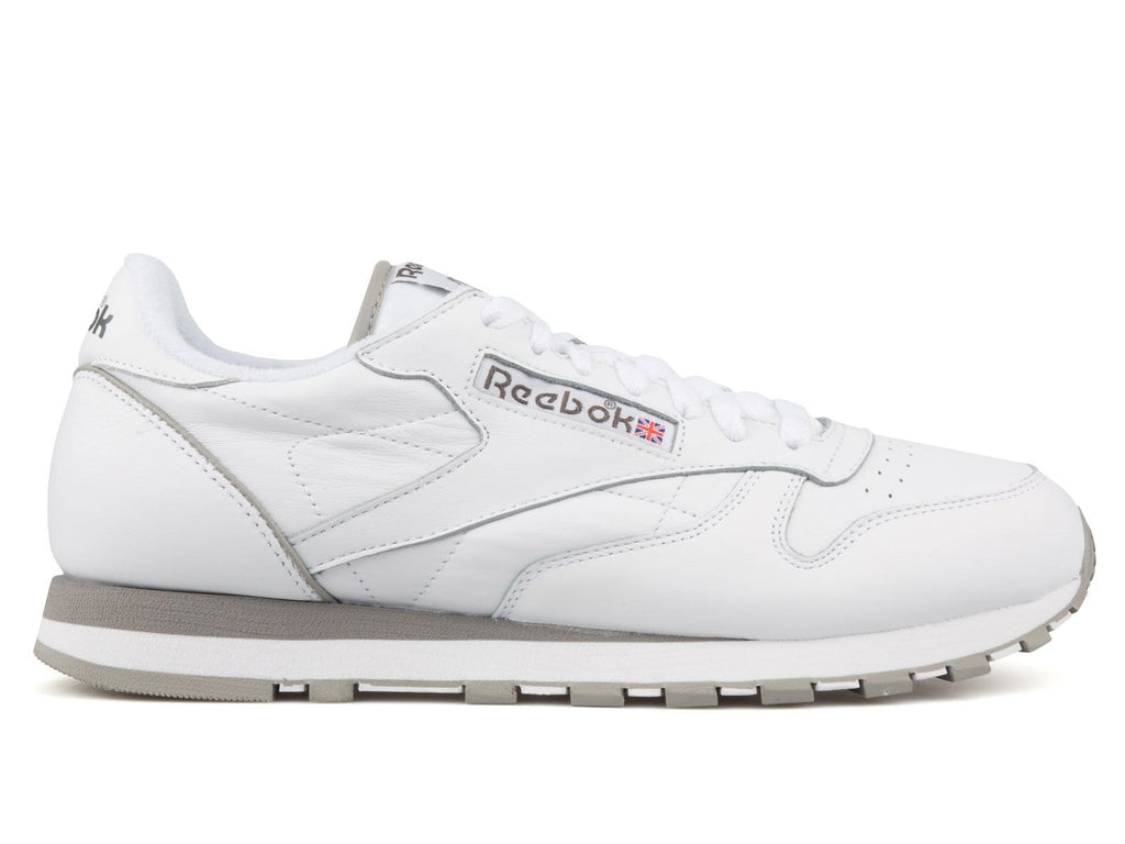 15e1b5acd03 Reebok CL LEATHER ARCHIVE White Carbon Red Grey