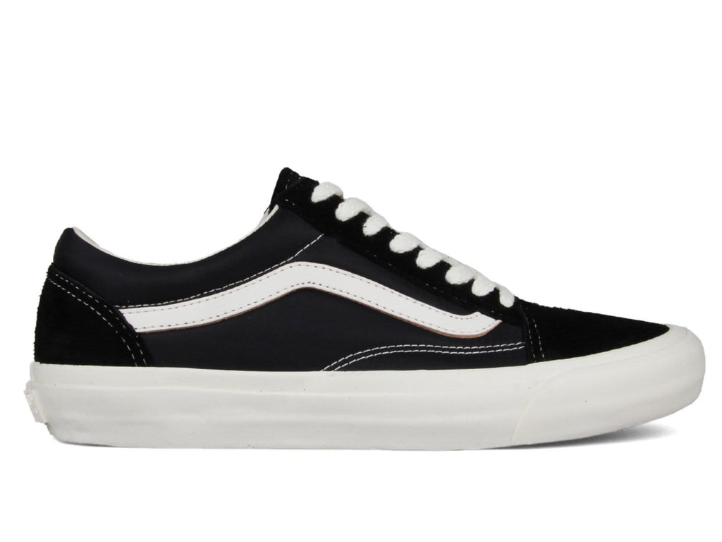 b5b289d8 Vans Vault x Our Legacy OLD SKOOL PRO 92' LX Black – Bodega