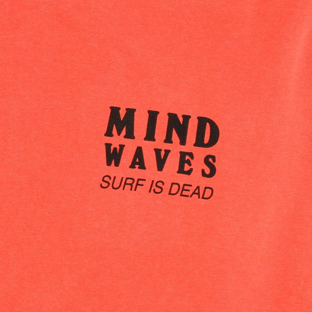 Surf Is Dead MIND WAVES TEE Salmon