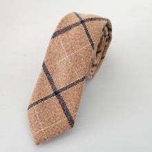 Load image into Gallery viewer, Lindon Wool Men's Tie