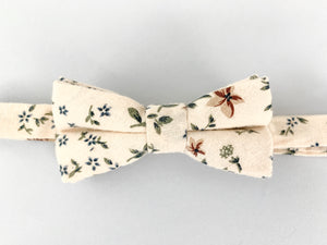 Classic Floral Bow Tie