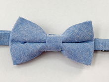 Load image into Gallery viewer, Jackson Blue Linen Bow Tie