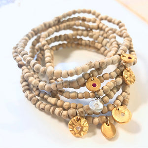 Earth Bracelet With Charm Gold - MAS Designs