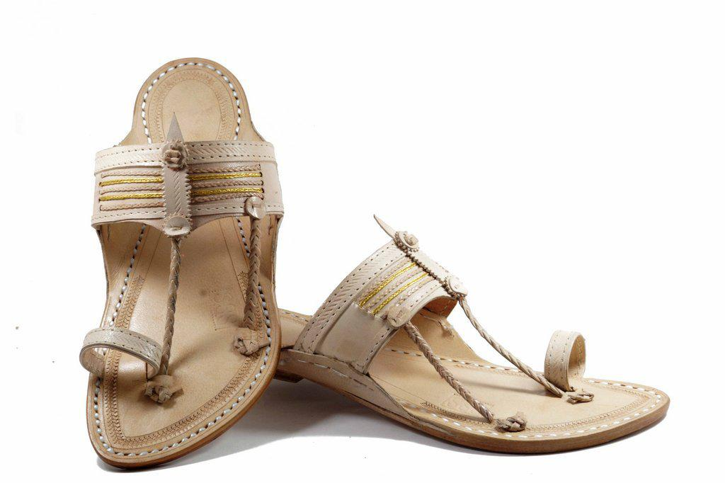 Specially handcrafted Ethnic craft Purely Crafted  in Best Quality Leather of white Color   Senapati  Shape Handmade golden jari Braids embedded in the detailed crafting on the belt with handstiched leather Kolhapuri chappal for  Men