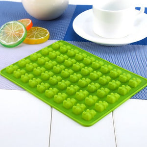 Novelty 50 Chocolate Ice Cavity Tray Bear Silicone Maker Candy Mold Mould