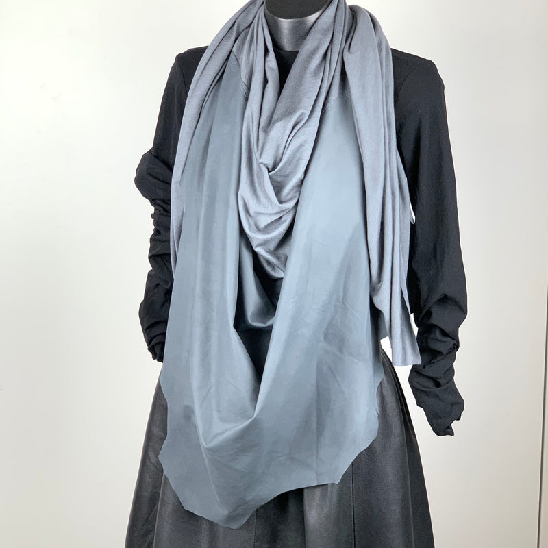 RAW Leather Merino Scarf | Grey