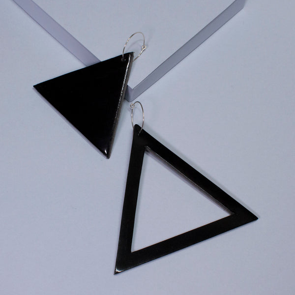 Geo Triangle Earrings | Black-SMENA