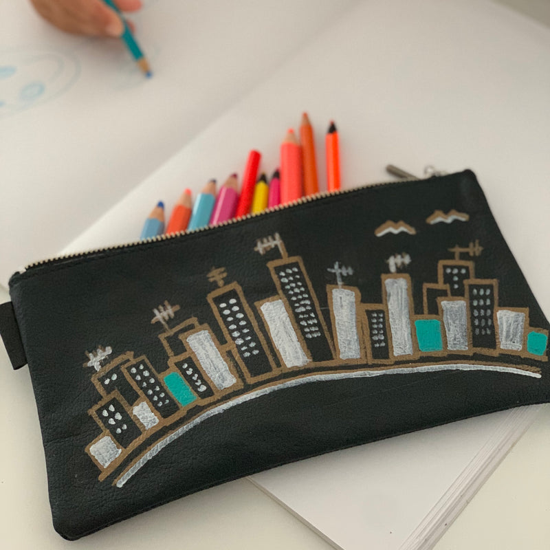 Doma20 | Utility Purse | Hand-painted Houses 4 of 6