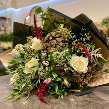 Load image into Gallery viewer, Florist's Choice Seasonal Bouquet