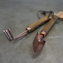 Load image into Gallery viewer, Indoor Copper Fork & Trowel set