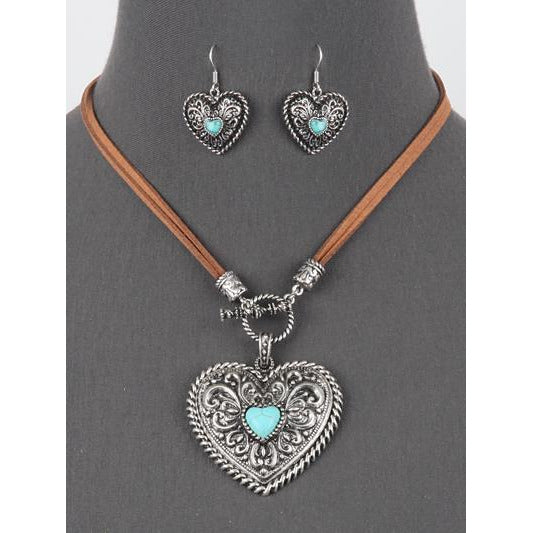 Western Style Toggle Heart Necklace Set