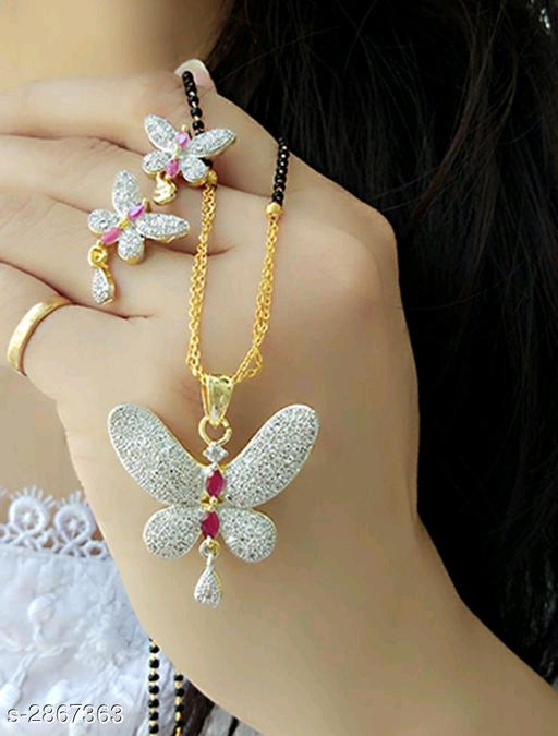 Diva Stylish Alloy Women's Necklace Vol 8