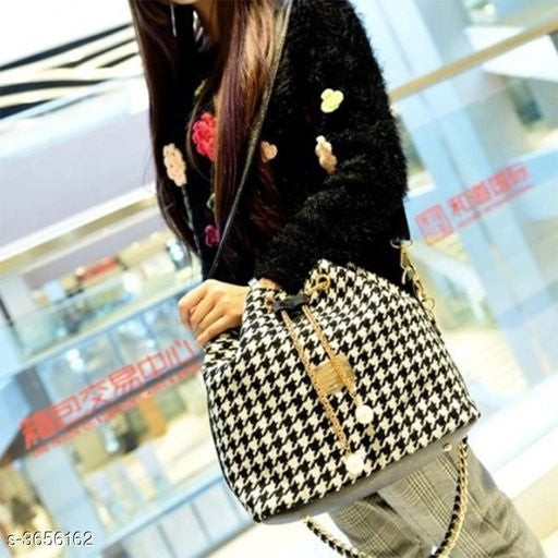 Stylish Women's PU Sling black Bag