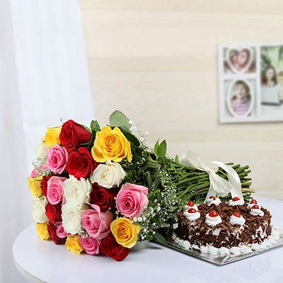 Bunch of 12 Mix Roses with Munch & Black Forest Cake (Half Kg)