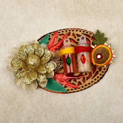 Beautiful Golden Flower Decorated Tikka