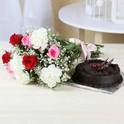 Bunch of 10 Mix Flowers with Chocolate Cake (1 Kg)