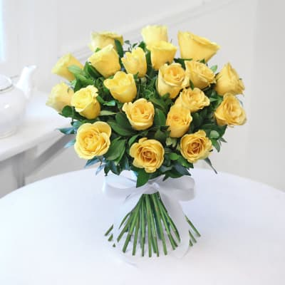 Bunch of 20 Fresh Yellow Roses