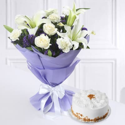 Bunch of Mixed Flowers with Butterscotch Cake (Half Kg)