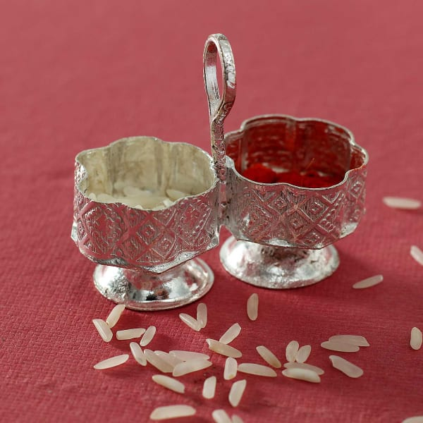 Clay Diya Set with Dry Fruit Potli