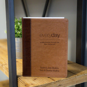 New NIV Everyday Devotional