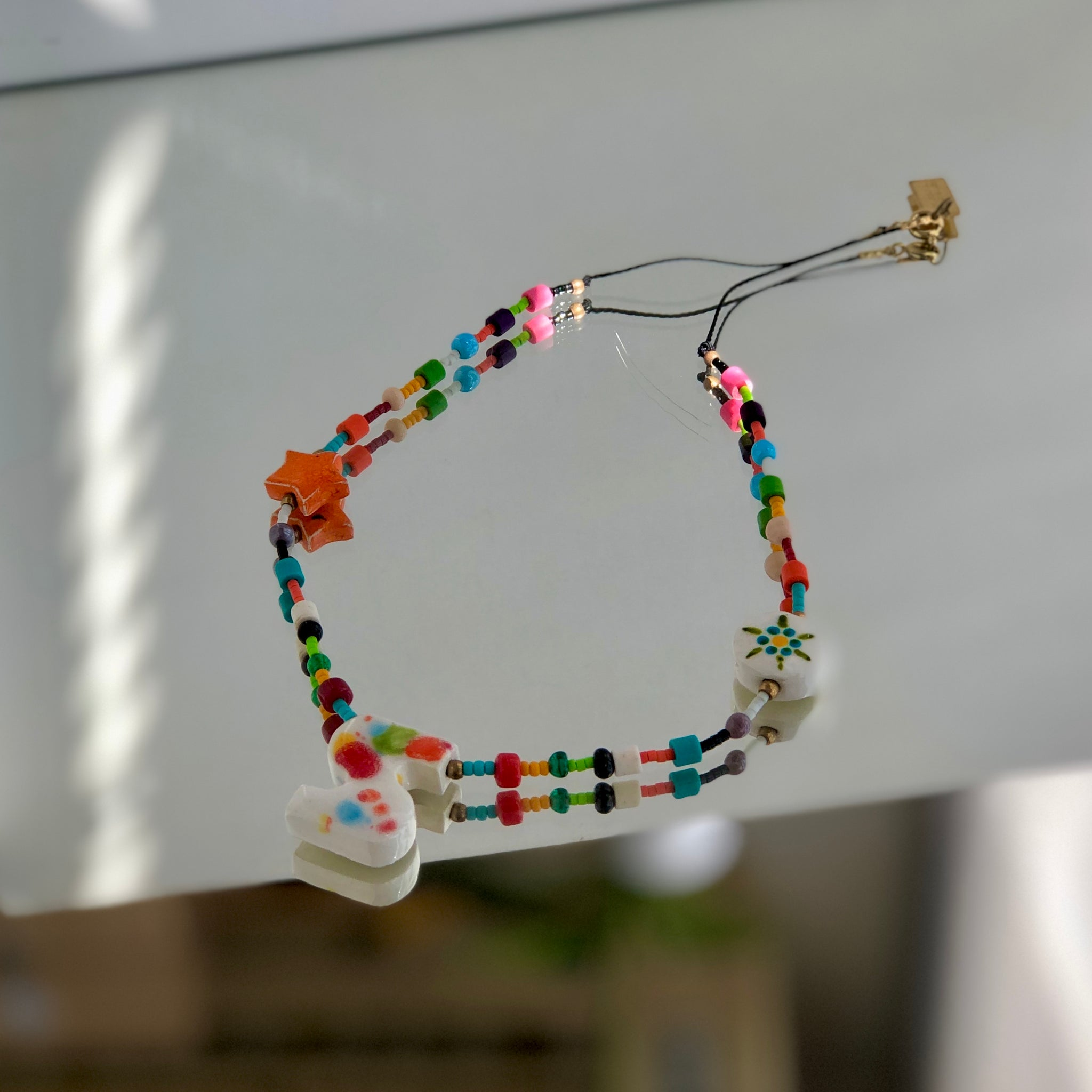 LETTER NECKLACE CUENTAS