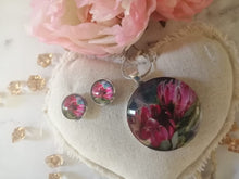 Load image into Gallery viewer, Necklace and Earring set Protea pink