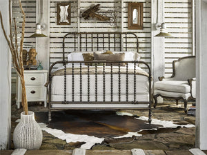 Riverhouse Bed - King