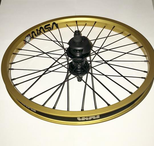 BSD MIND WESTCOASTER & FRONT WHEEL SET W/GUARDS