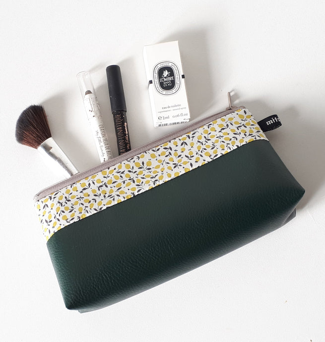 Trousse à maquillage en simili cuir vert sapin et Liberty Ed lemon