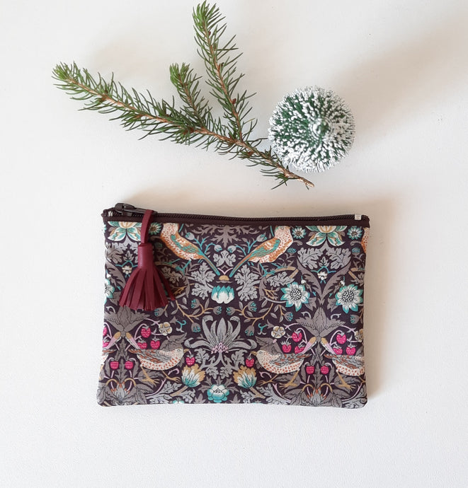 Mini pochette / Porte monnaie en tissu Liberty Strawberry thief